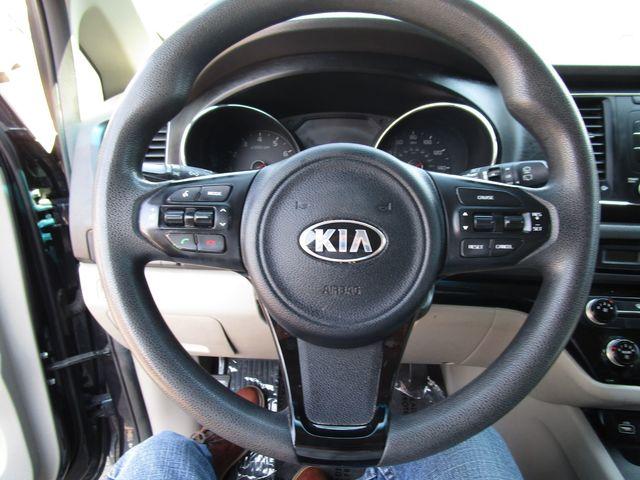2016 Kia Sedona LX