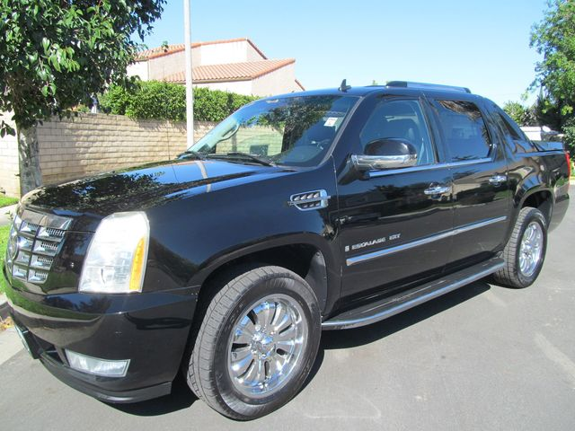 for ontario sale very canadian used cadillac all cars record service truck north york escalade