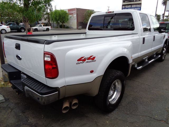 2009 Ford Super Duty F-350 DRW Lariat