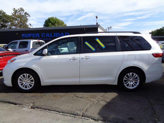 2016 Toyota Sienna XLE Premium